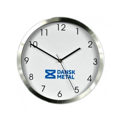 Koti ja keittiö - Alumiinireunainen kello oikealla lasilla.
