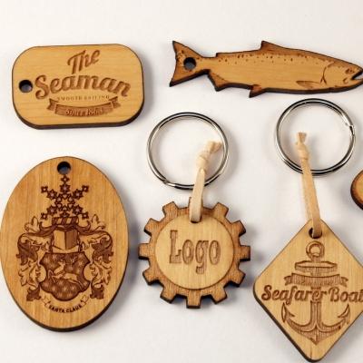 Mainos- ja promotuotteet - Puiset avaimenperät